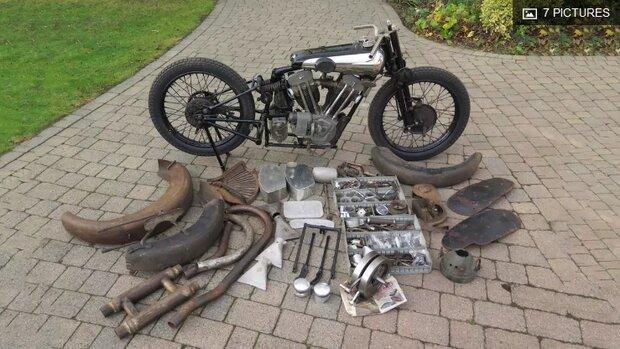 فروش موتورسیکلت عتیقه با قیمت بی سابقه 561 هزار دلار